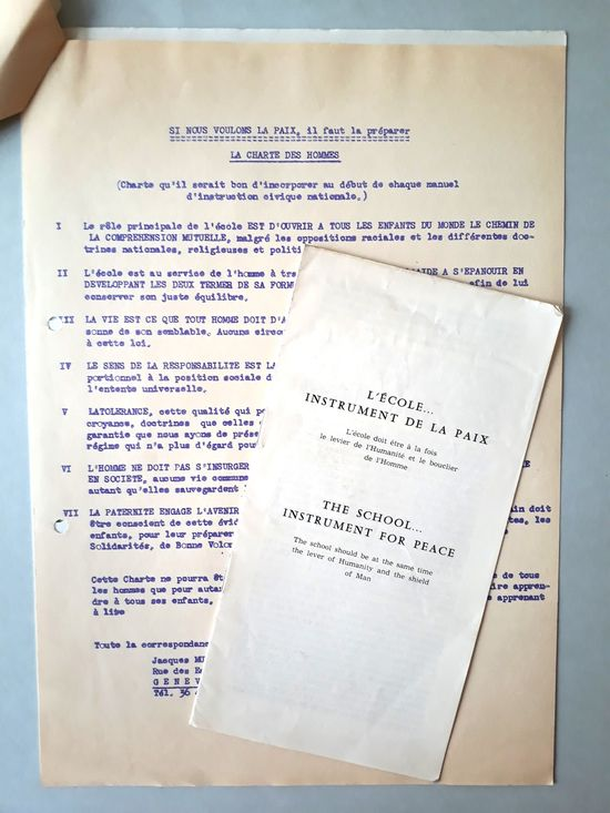 Montage de documents issus du fonds